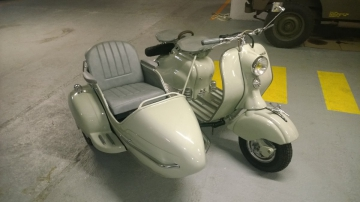 Side-car   LAMBRETTA Grand Prix de 1956  Visible à Paris